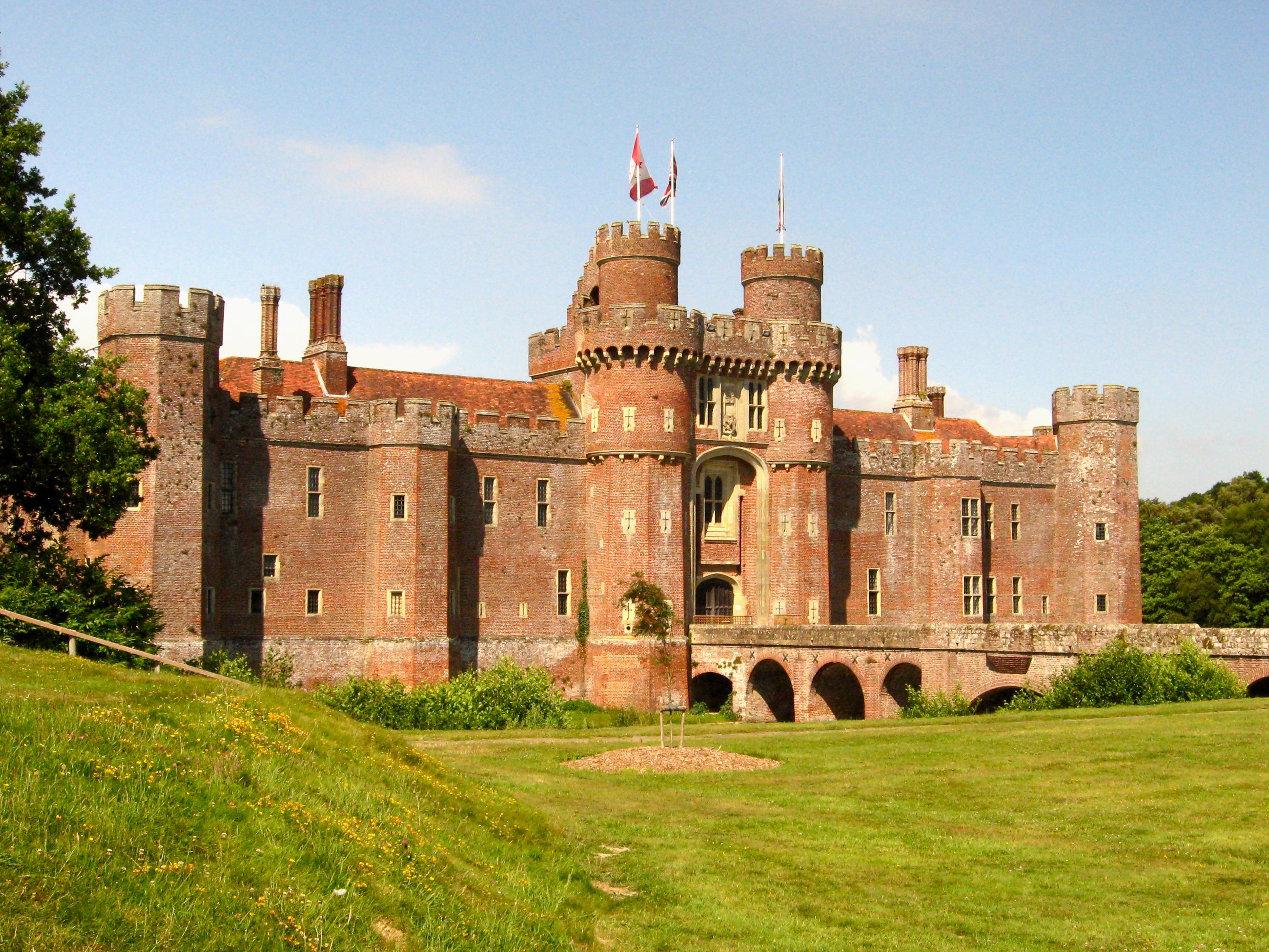 castle england | texti...
