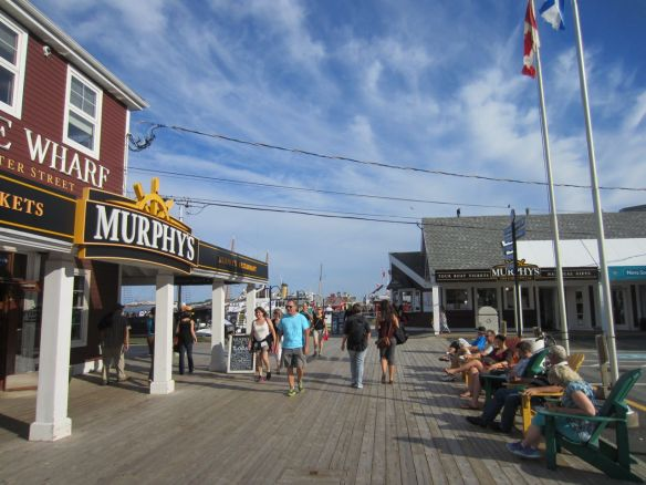 Halifax's Harbourfront reminded me of Fisherman's Wharf in Victoria. I enjoyed walking along here.